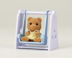 SYLVANIAN-FAMILIES-bebé oso con columpioi